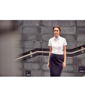 CHEMISE FEMME MANCHE COURTES À CHEVRONS - RU963F 84% coton / 16% polyester. Cette chemise à motif à chevrons offre une alternati