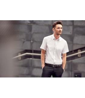 CHEMISE HOMME MANCHE COURTES À CHEVRONS - RU963M 84% coton / 16% polyester. Cette chemise à motif à chevrons offre une alternati